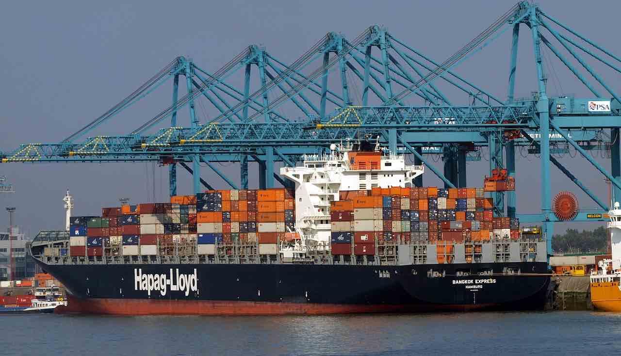 Containerschiff Beladung USA